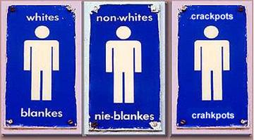 apartheid: bagni pubblici separati per bianchi, neri e mulatti